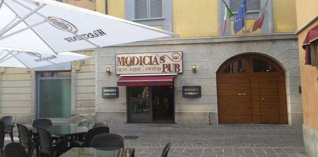 Premium Hotel with Pizzeria Monza