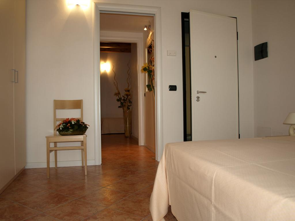 Rooms for Guests with Disabilities Monza